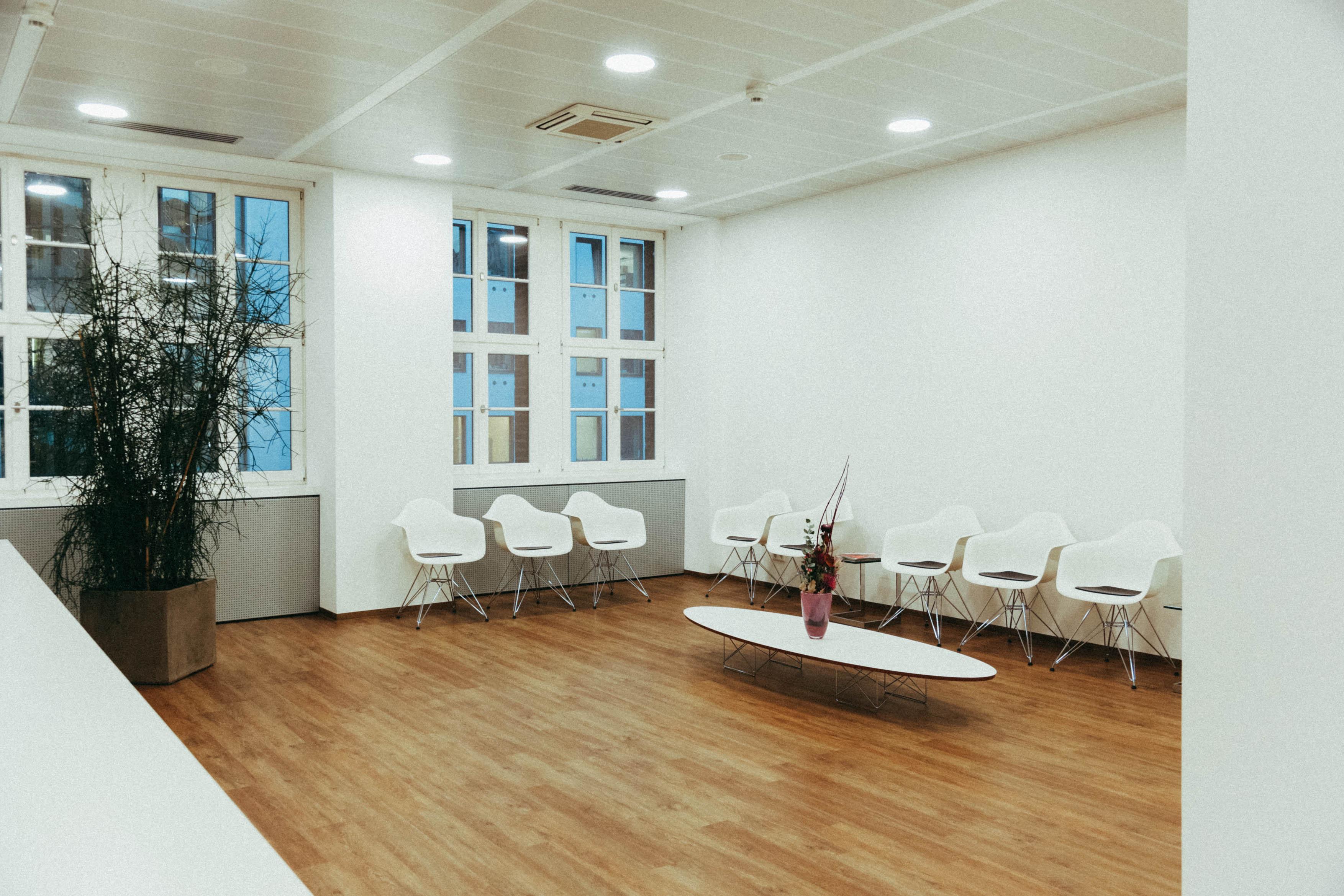 Klinik Neuer Stahlhof Wartezimmer